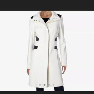 Via Spiga WhiteColorblocked Faux-Leather-Trim Coat